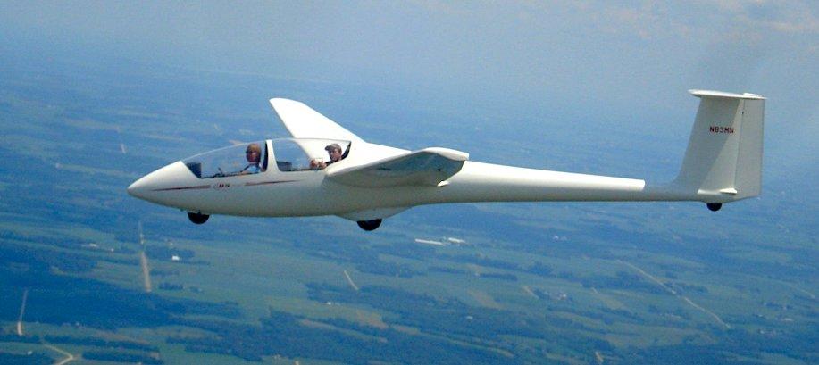 ASK-21 in flight